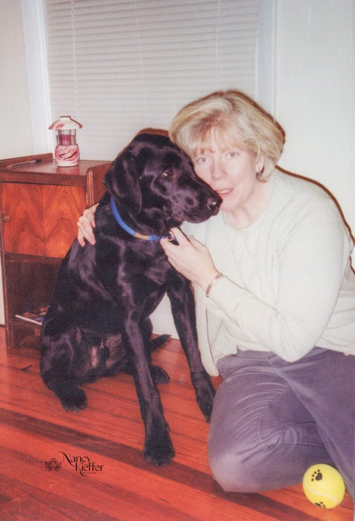 woman and her black lab